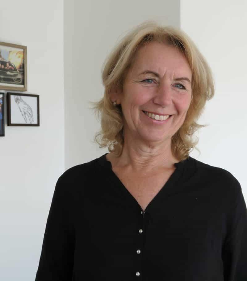 Petra Moij onze Office Manager aan het lachen